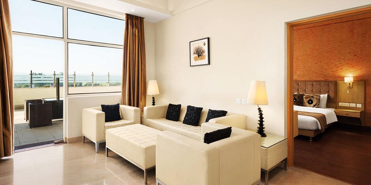 Luxury-Accommodation-at-Neemrana